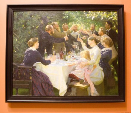 A beautiful painting by Peder Severin Krøyer (1888) that I think captured the cheerful spirit of Fika.